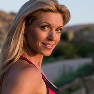 Kim Lyons